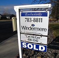 cari-mcgee-sold-sign
